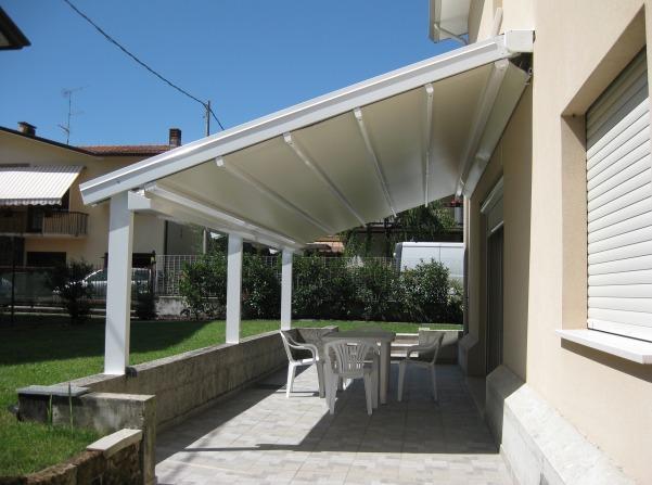 Vendita installazione tende da sole sesto calende varese for Tende da sole per esterni obi