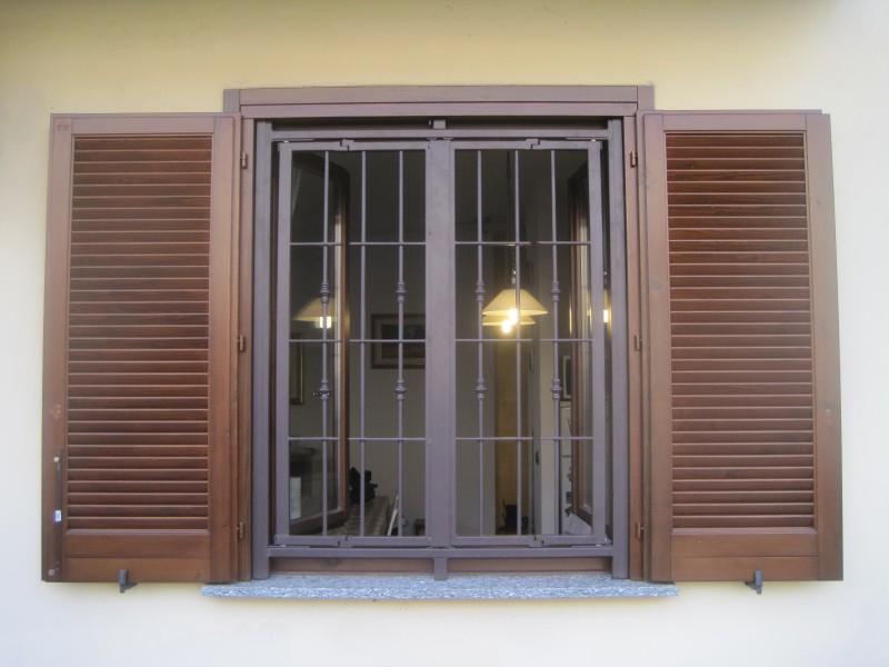 Inferriate di sicurezza per porte finestre e for Inferriate per finestre leroy merlin